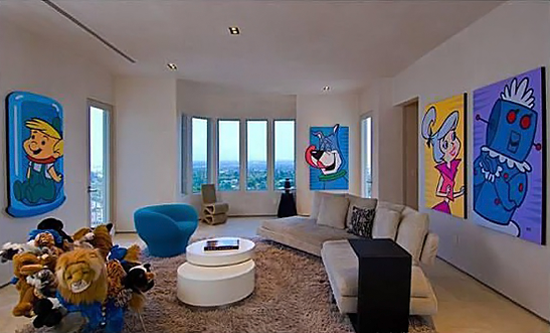 Kanye West Selling His Crazy Space-Cartoon-Hollywood-House