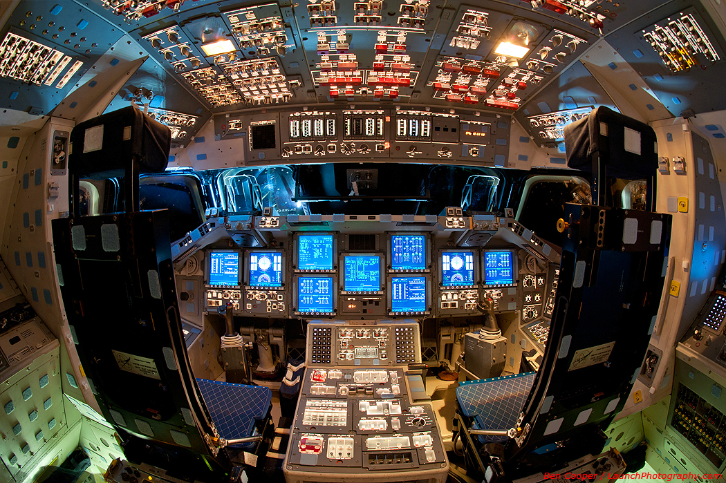 Powered Flight Deck of the Space Shuttle Endeavour photos
